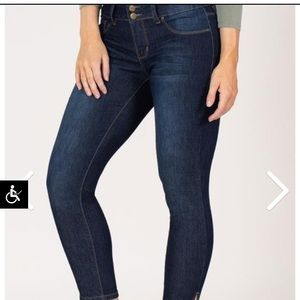 Royalty For Me ankle jean
